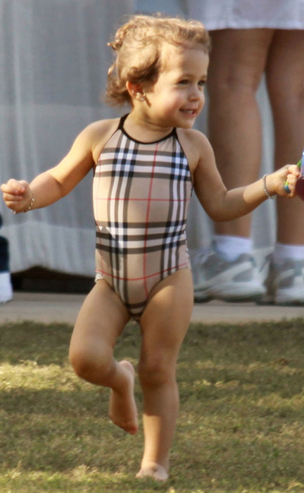 http://www.hollywoodlife.com/wp-content/uploads/2010/07/070910_cutestbabies_emmeanthony.jpg