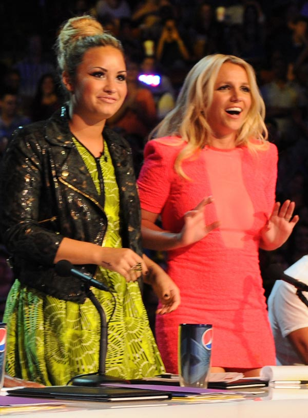 Demi Lovato and Britney Spears Fighting