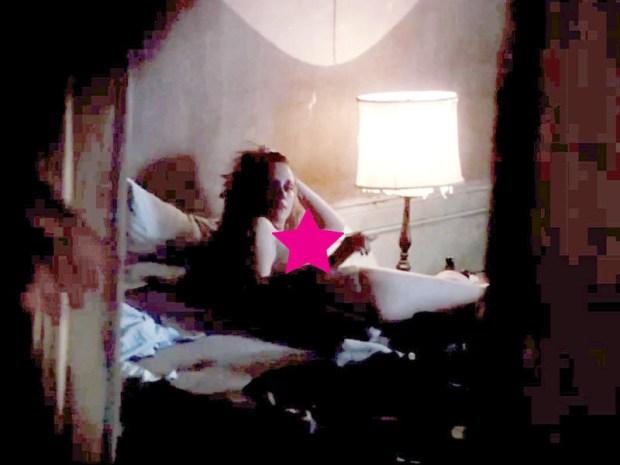 Kristen Stewart topless naked