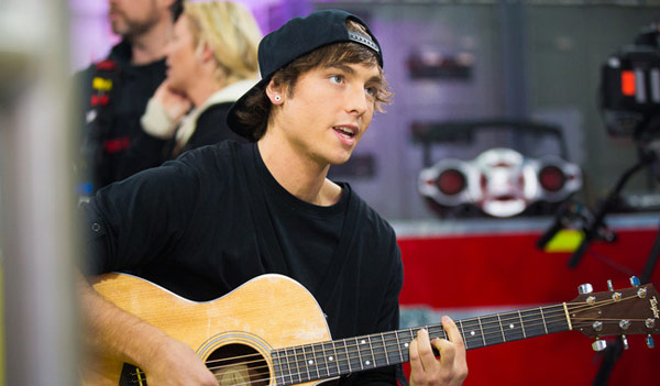VIDEO] Emblem3 Wesley Stromberg Dating — Spotted With 'X Factor' Dancer –  Hollywood Life