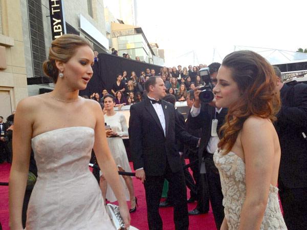 Jennifer Lawrence Kristen Stewart Oscars