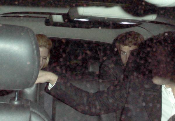January Jones Liam Hemsworth Flirting
