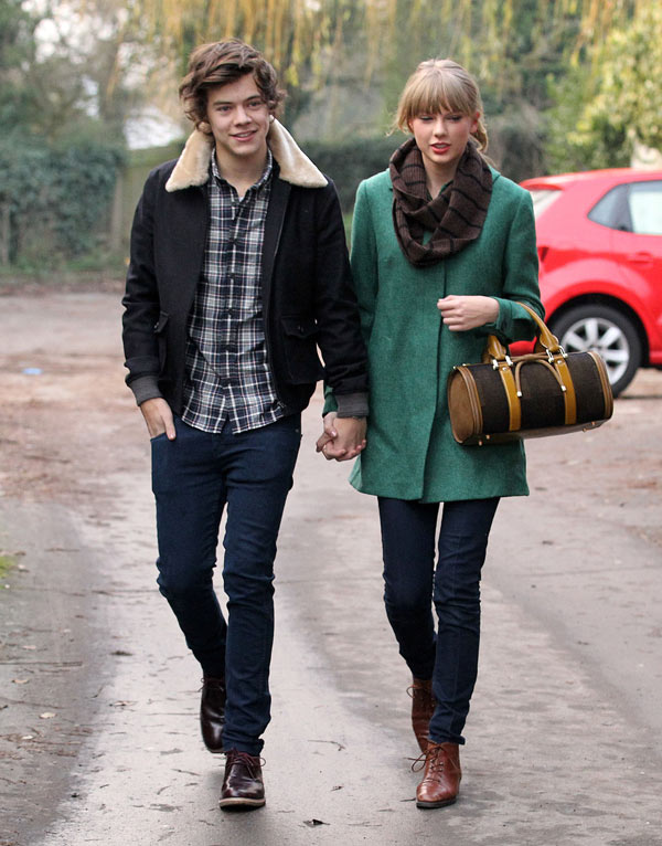 One Direction On Taylor Swift S Songs About Harry Styles He S A Victim Hollywood Life