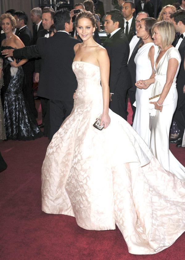Harry Styles Flirts Jennifer Lawrence