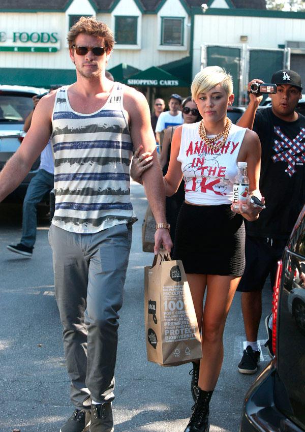 Liam Hemsworth Miley Cyrus Break Up