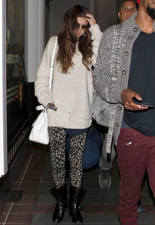 Selena Gomez LAX Airport