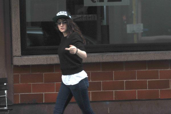 Kristen Stewart Flips Off Cameras