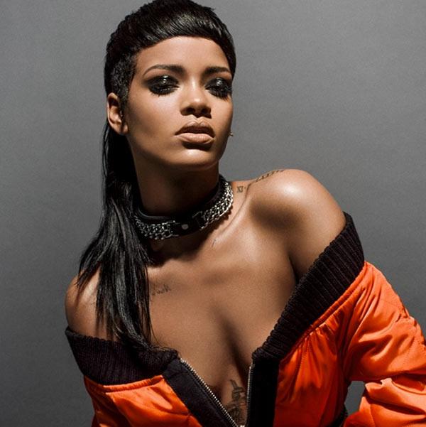 Rihanna Goth Pics