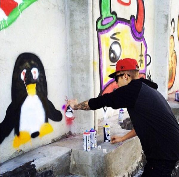 Drake Bell Disses Justin Bieber