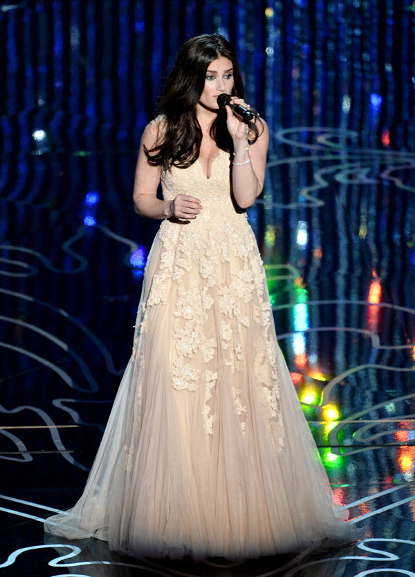 Frozen Oscar Performance