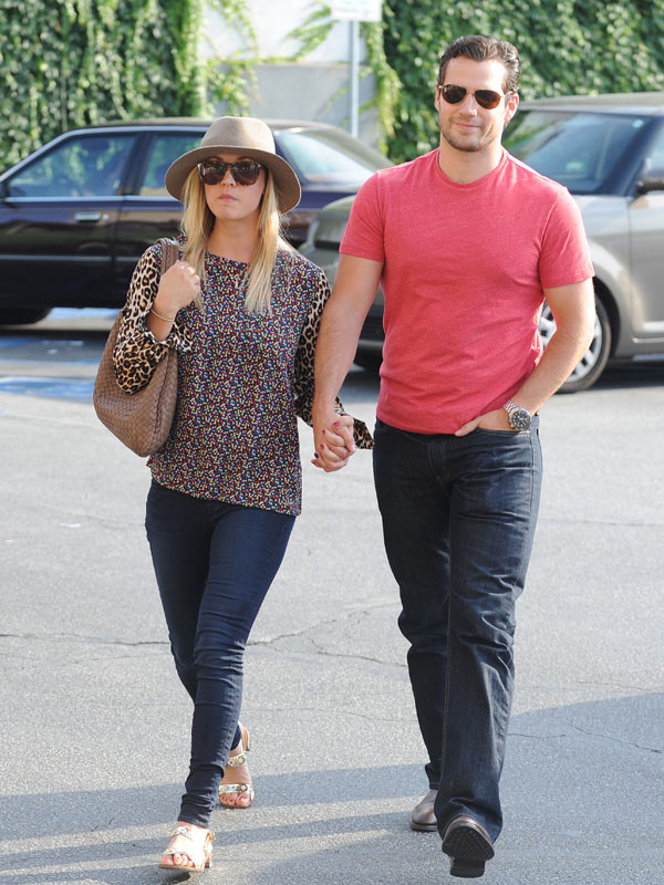 Henry Cavill and Kaley Cuoco Relationship