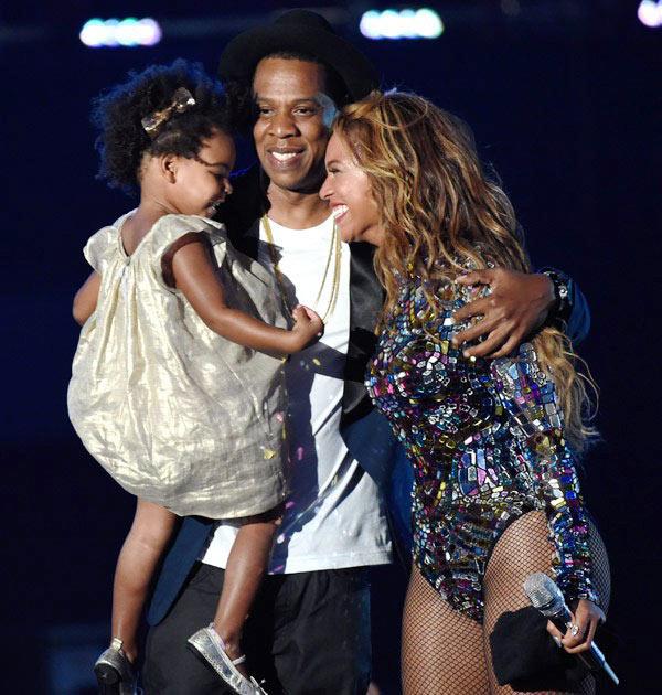 Beyonce Jay Z Kissed VMAs