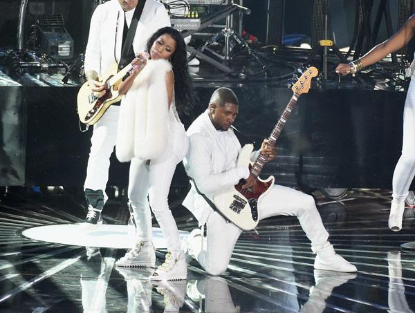 Usher Nicki Minaj VMA Performance