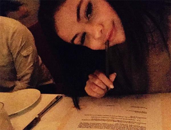Selena Gomez Signs Interscope Records