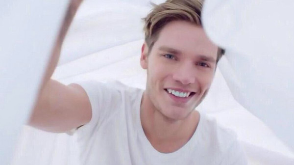 dominic sherwood facts