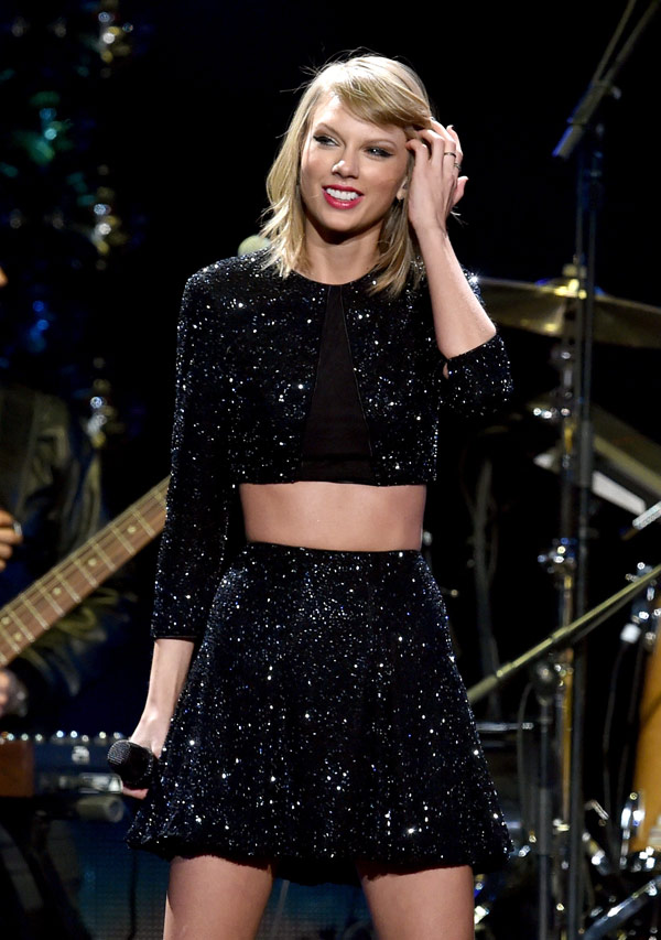 Taylor Swift Hosting Kids Choice Awards 2015 The Truth About The Press Release Hollywood Life