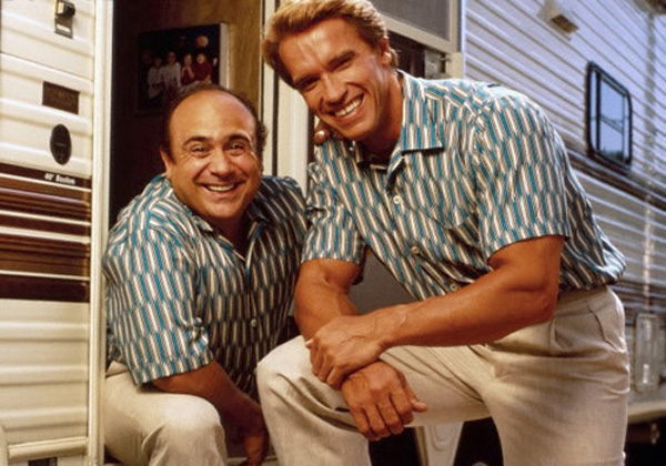 Pic Twins Reunion Arnold Schwarzenegger Danny Devito Together Again Hollywood Life