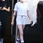 Los Angeles, CA - *EXCLUSIVE* - Actress Kristen Stewart is flaunting her toned thighs and legs while out running errands in Los Angeles. We caught the star making an exit from a local Fedex location. Pictured: Kristen Stewart BACKGRID USA 13 OCTOBER 2021 USA: +1 310 798 9111 / usasales@backgrid.com UK: +44 208 344 2007 / uksales@backgrid.com *UK Clients - Pictures Containing Children Please Pixelate Face Prior To Publication*