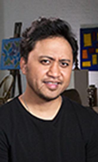 Vili Fualaau Celebrity Profile