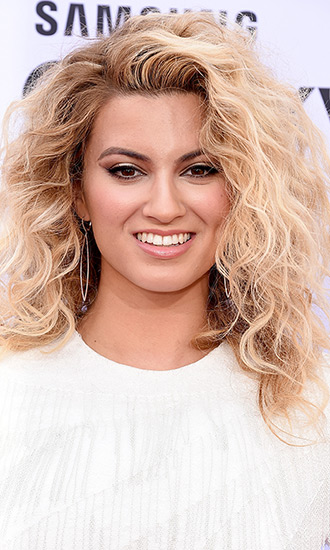 Tori Kelly Celebrity Profile