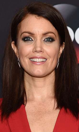 bellamy young celebrity profile