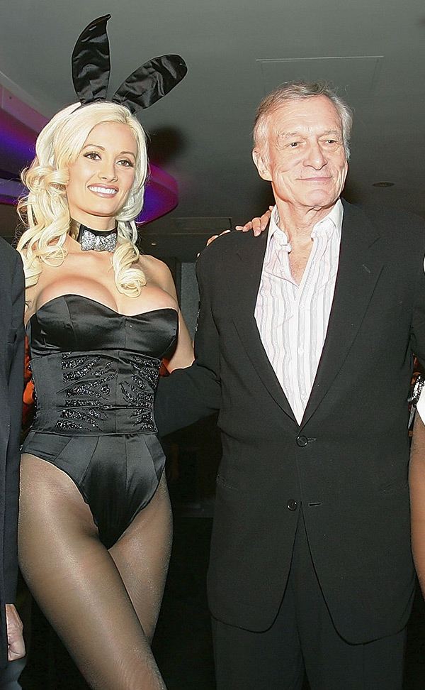 Holly Madison On Drugs Hugh Hefner Offered Her Quaaludes When They Met Hollywood Life