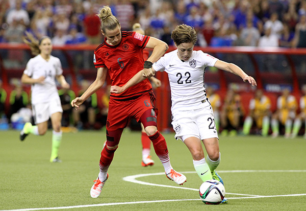 USA Womens Soccer Beats Germany