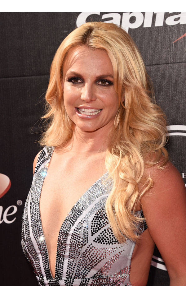 Britney Spears' ESPYS Look — Singer Stunned With Dramatic Smokey Eyes –  Hollywood Life