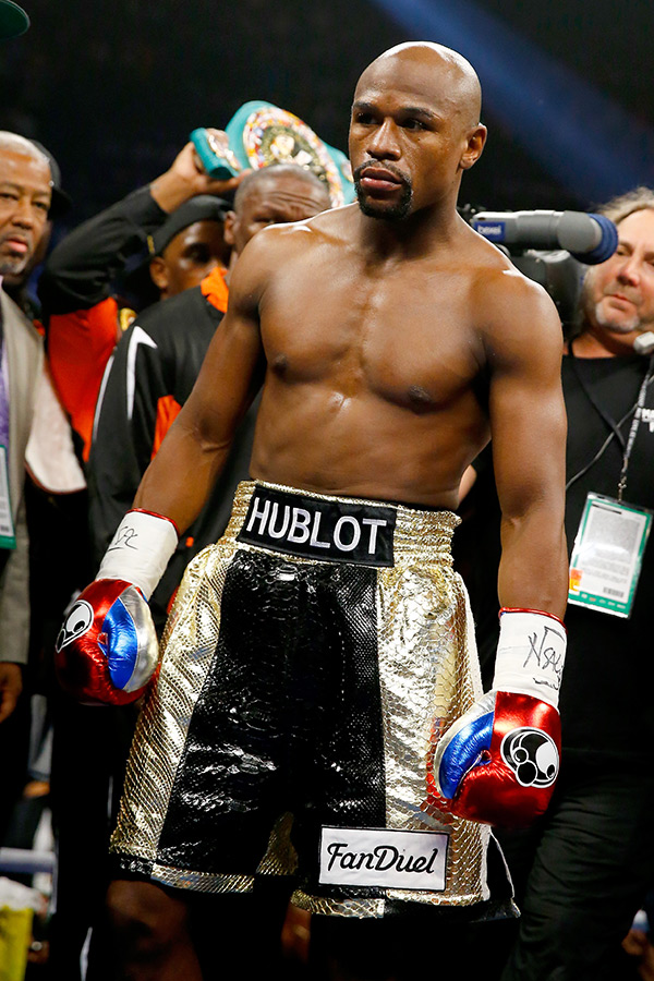 floyd mayweather stripped title