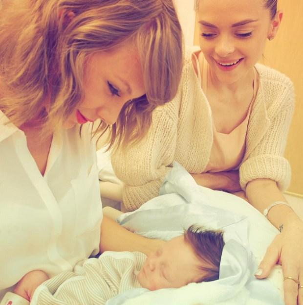 Taylor Swift Jaime King Baby