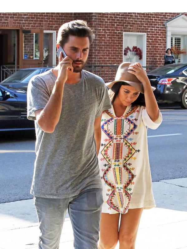 Kourtney Kardashian Back With Scott Disick