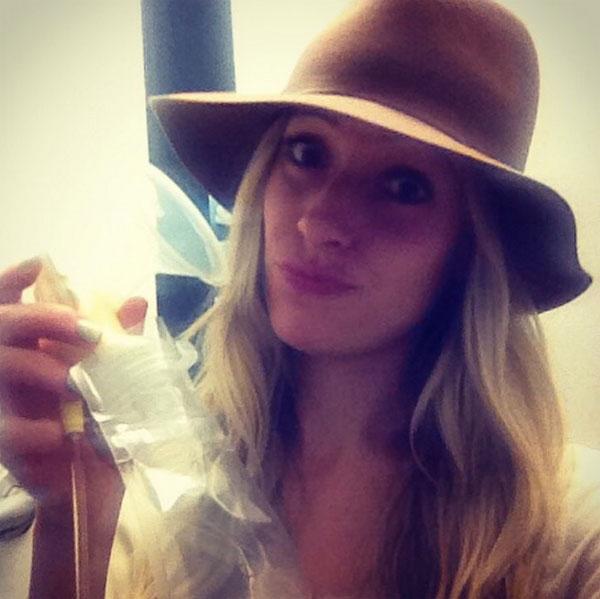 Kristin Cavallari Pumps Breast Milk In Airport Bathroom