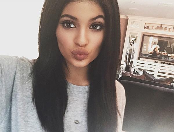 kylie jenner bigger lips