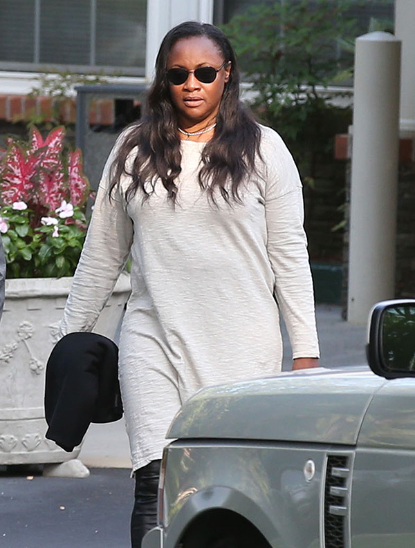Bobbi Kristina Pat Houston Cleaning Out House