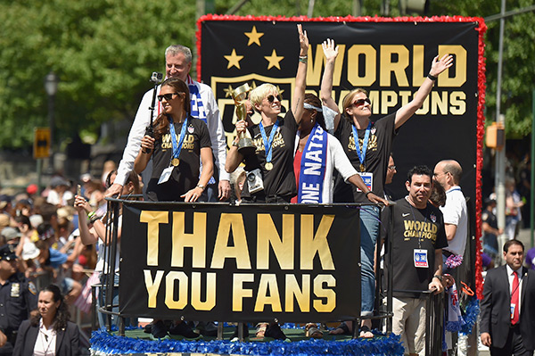 USA Women's Soccer Parade Pictures