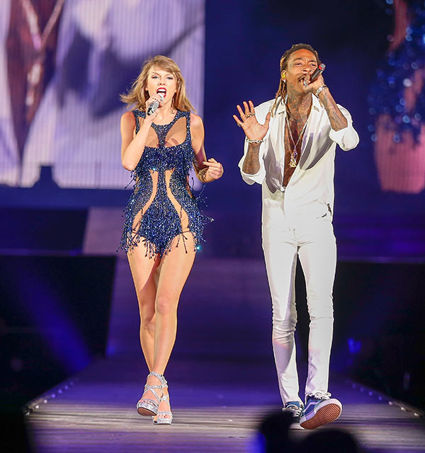 Video Wiz Khalifa Taylor Swift See You Again During 1989 Tour Hollywood Life