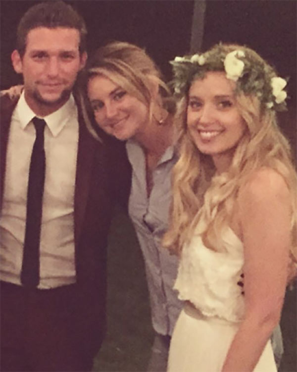 Secret Life Reunion Daren Kagasoff Shailene Woodley Megan Parks At Wedding Hollywood Life His birthday, what he did before fame, his family life, fun trivia facts, popularity rankings, and more. secret life reunion daren kagasoff