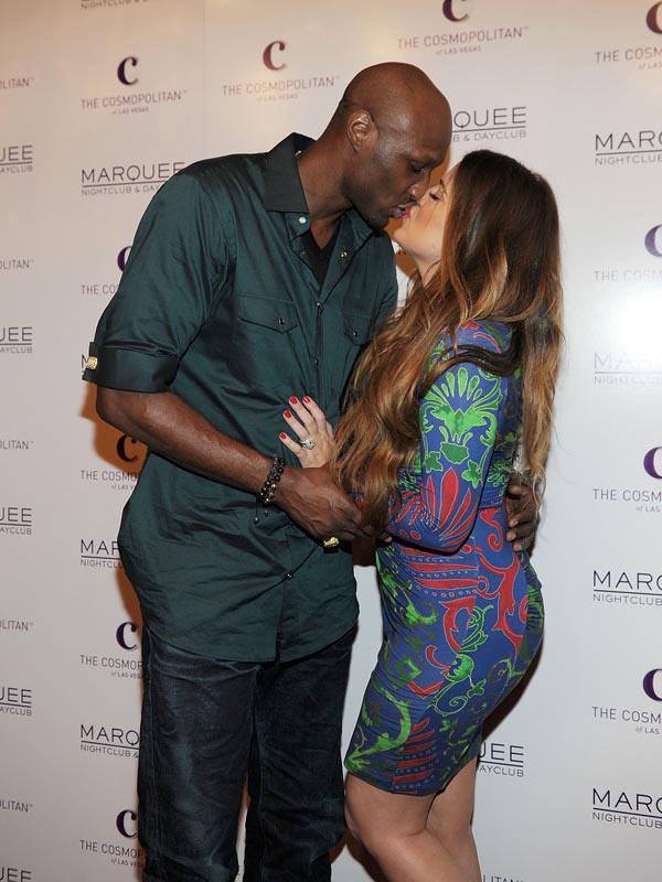 Lamar Odom Khloe Kardashian Kissing