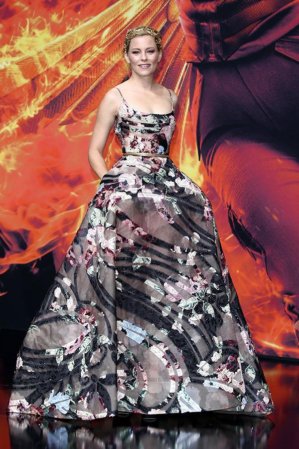 elizabeth banks hunger games mockingjay part 2 world premiere dress