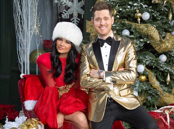 Kylie Jenner Santa Outfit