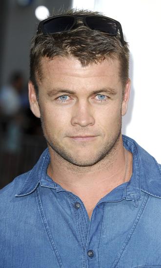 Luke Hemsworth Bio