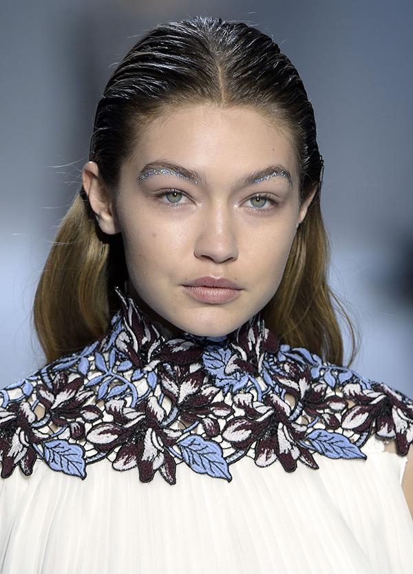 Gigi Hadid Makeup Giambattista Valli