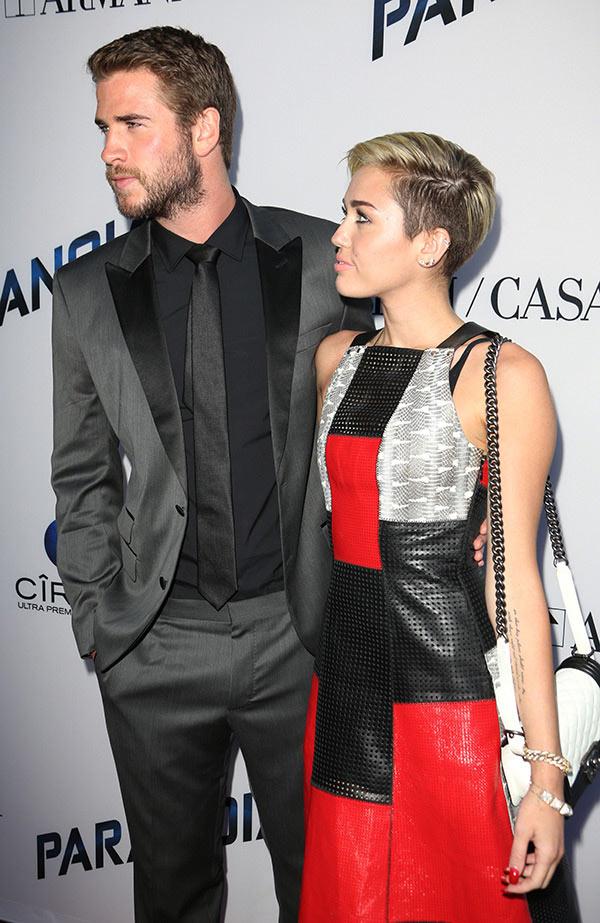 Miley Cyrus Sexting Ex