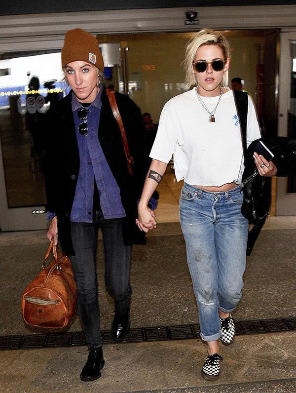Kristen Stewart Alicia Cargile Holding Hands