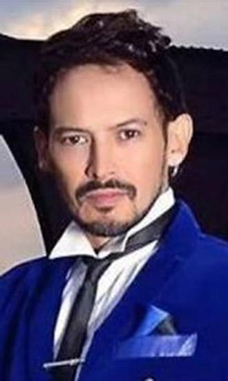 Alejandro Fuentes Bio