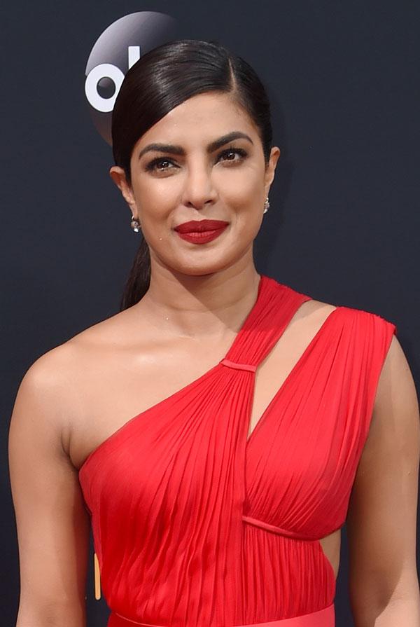 Priyanka Chopra Emmys hair