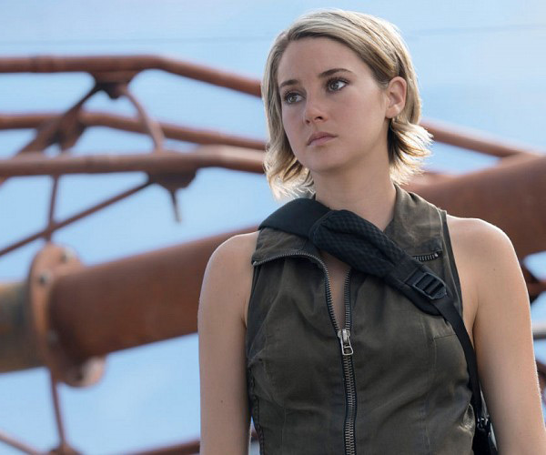 Shailene Woodley Disses Divergent