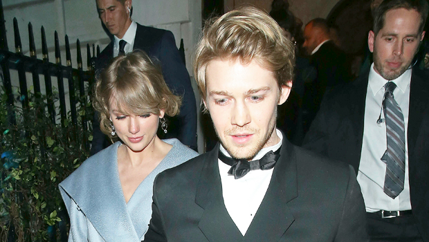 Taylor Swift S Romantic History Look Back At Her Relationships Hollywood Life
