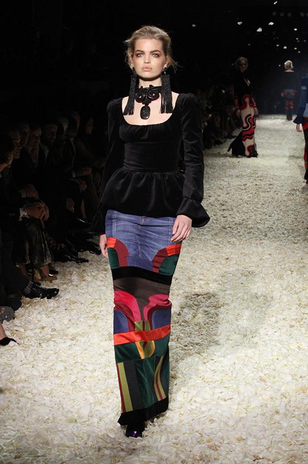 Watch Tom Ford Fashion Show