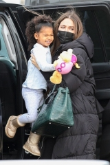 Boston, MA  - *EXCLUSIVE*  - Khloe Kardashian and daughter True are spotted at the airport getting ready to fly out of Boston ahead of Christmas.  Pictured: Khloe Kardashian, True Thompson  BACKGRID USA 25 DECEMBER 2020  BYLINE MUST READ: Patriot Pics / BACKGRID  USA: +1 310 798 9111 / usasales@backgrid.com  UK: +44 208 344 2007 / uksales@backgrid.com  *UK Clients - Pictures Containing Children Please Pixelate Face Prior To Publication*